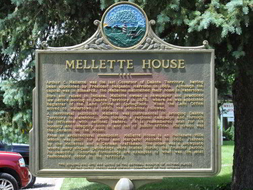 Mellette House Waypoint Sign